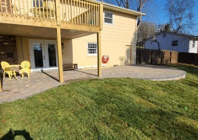 backyard and patio in knoxville tn