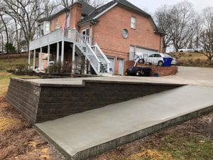 concrete driveway and retaining in wall at knoxville home