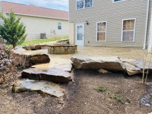 flagstone patio in knoxville backyard