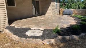 flagstone patio with mulch